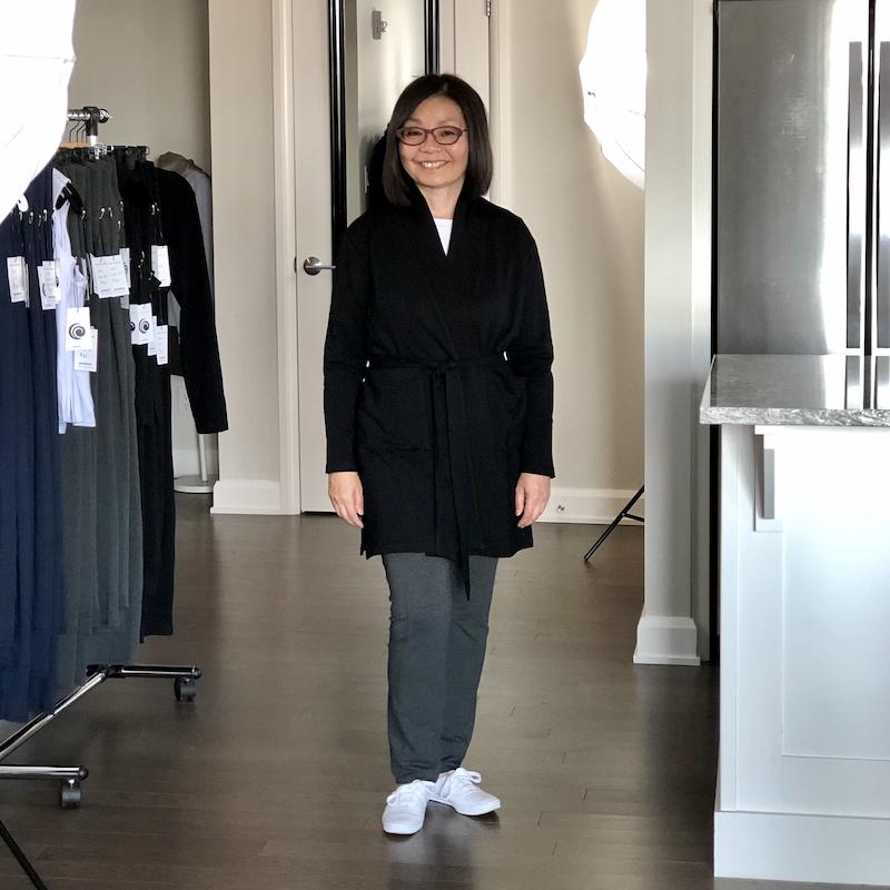 Lindsay Cardi-robe in Petite in Midnight Black